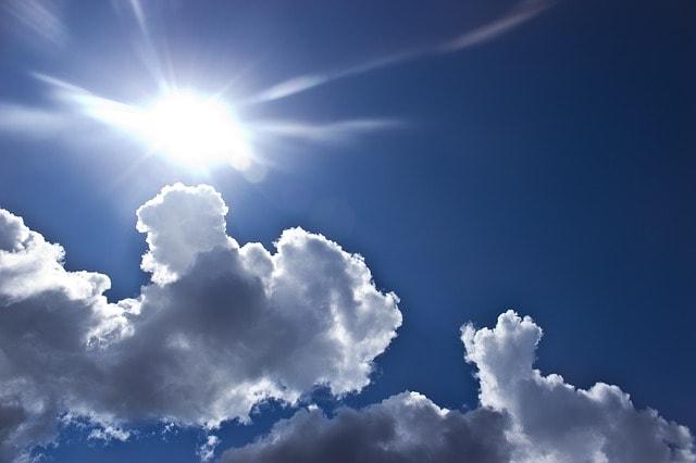 clouds-429228_640-min